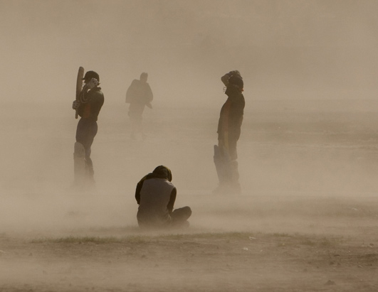 http://a.abcnews.com/images/US/rt_dust_storm_080404_ssh.jpg