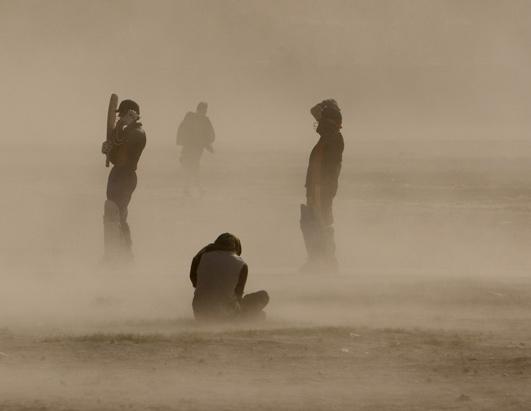 http://a.abcnews.com/images/US/rt_dust_storm_080404_ssh.jpg