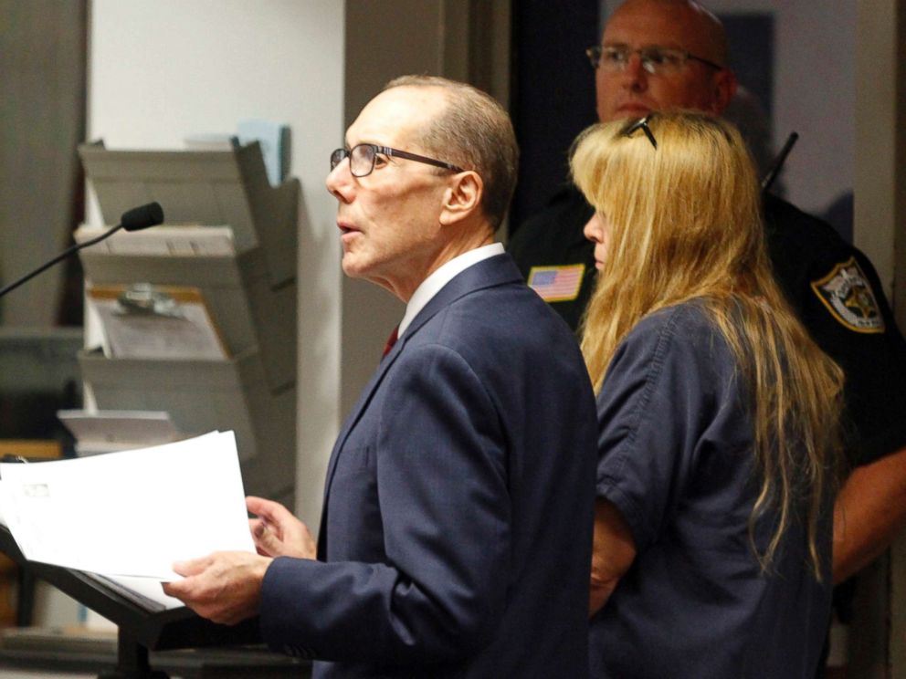 PHOTO: Attorney Richard Lubin speaks during the first court appearance of his client Sheila Keen Warren, Oct. 4, 2017, in West Palm Beach, Fla.