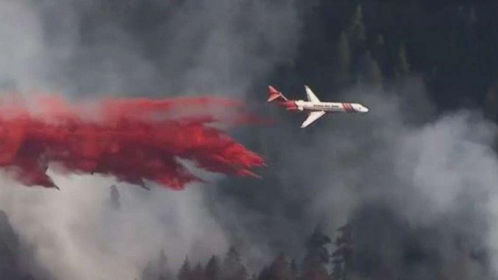 http://a.abcnews.com/images/US/silver-creek-fire-katu-mo-20180714_hpMain_16x9_992.jpg