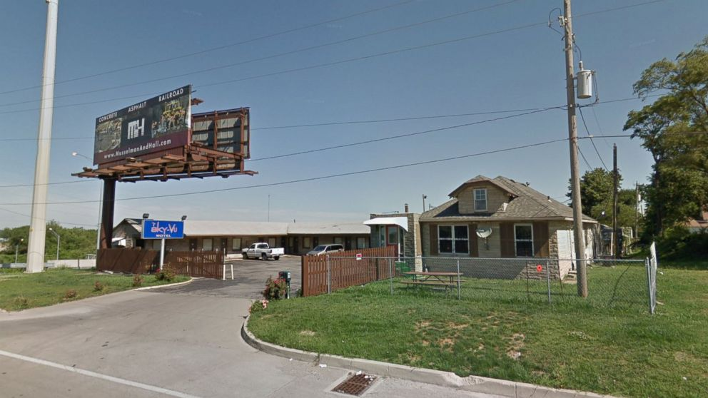 http://a.abcnews.com/images/US/sky-vu-motel-kansas-city-2-ht-jt-180715_hpMain_16x9_992.jpg