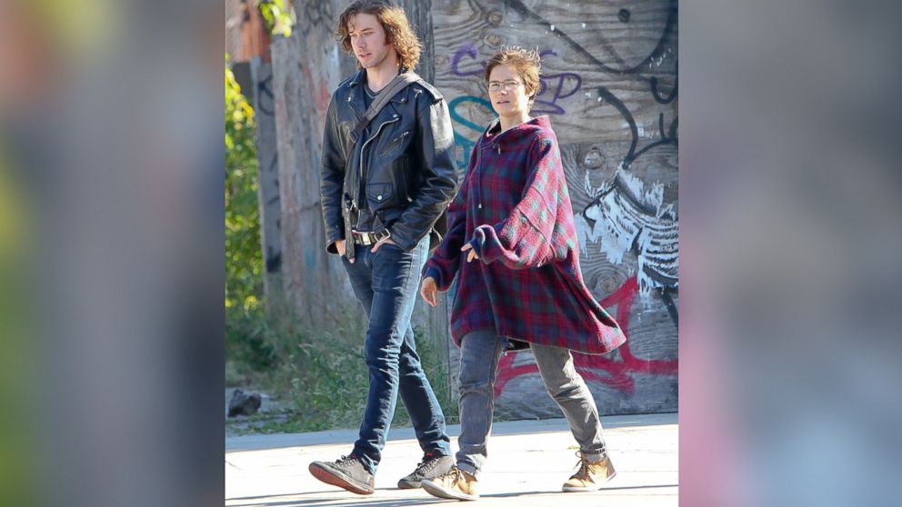 PHOTO: Amanda Knox seen out in New York with new boyfriend, Colin Sutherland, in New York, Sept. 29, 2014.<br />
