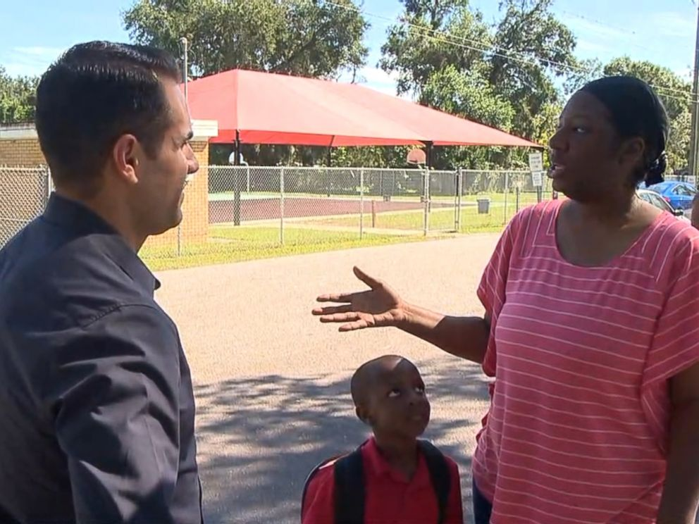 PHOTO: Kim Pitt told ABC News she refuses to walk her son to school, electing instead to drive him after the three unsolved murders sent shivers through her Seminole Heights neighborhood.
