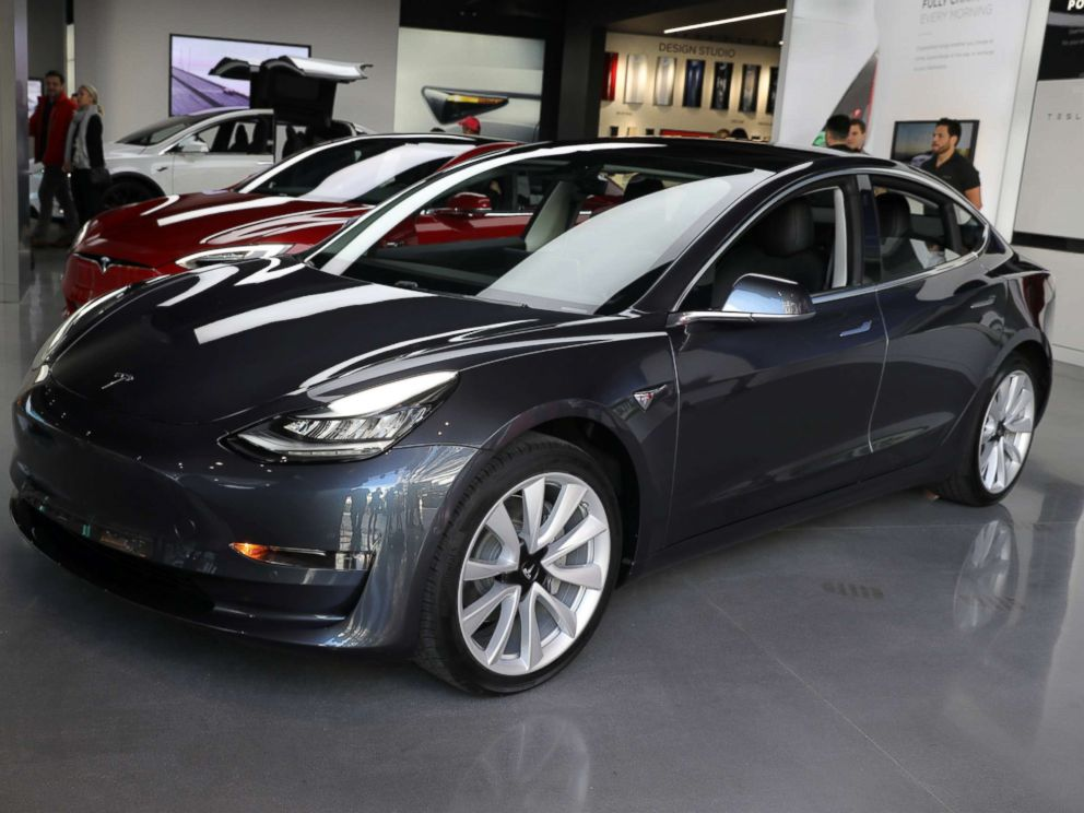PHOTO: A Tesla Model 3 is seen in a showroom in Los Angeles, Jan. 12, 2018.