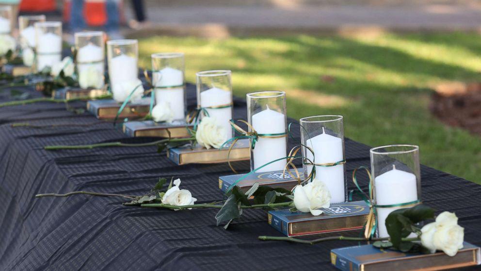 http://a.abcnews.com/images/US/texas-shooting-vigil-rt-hb-180518_hpMain_16x9_992.jpg