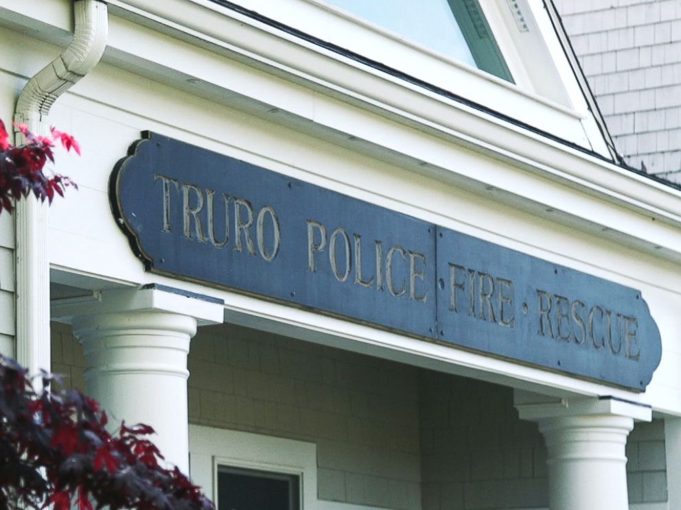 PHOTO: The exterior of the Truro, Mass., police department station.
