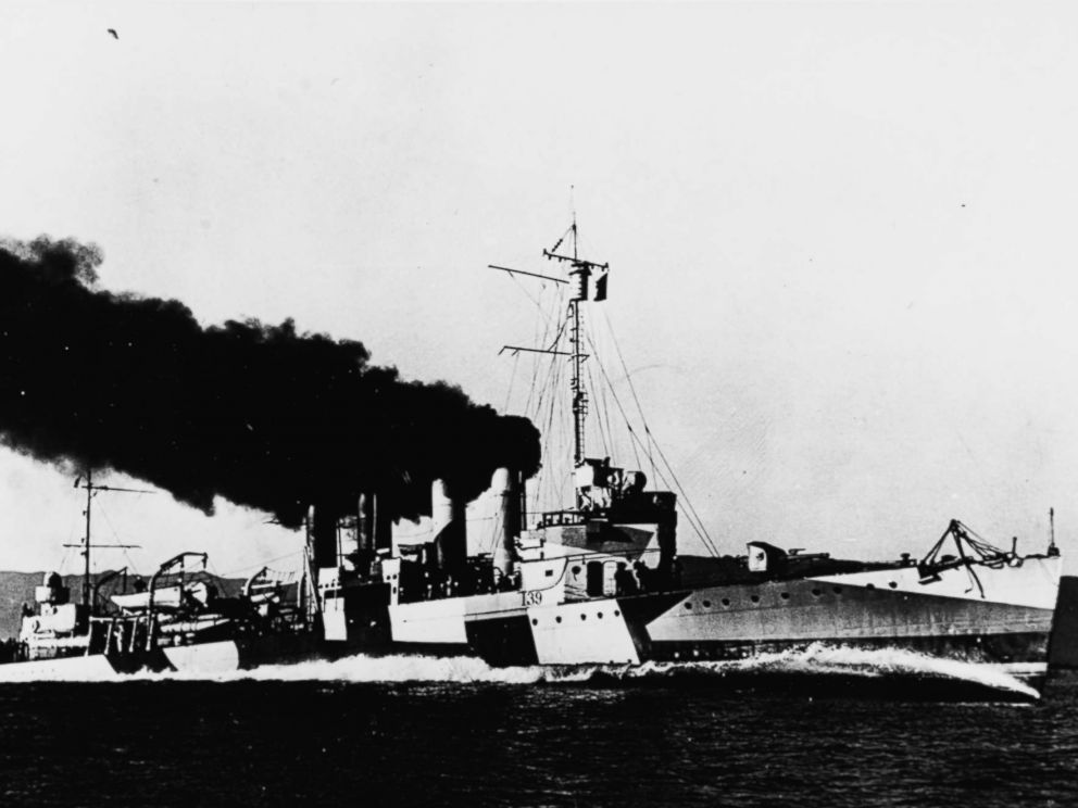 PHOTO: The USS Ward running speed trials off the California coast in September 1918, while painted in disruptive camouflage.