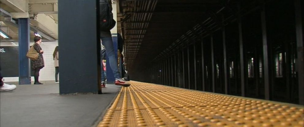 PHOTO: The New York Police Department says that a man pushed a woman onto the tracks from a train platform in Greenwich Village in New York City on June 1, 2015.