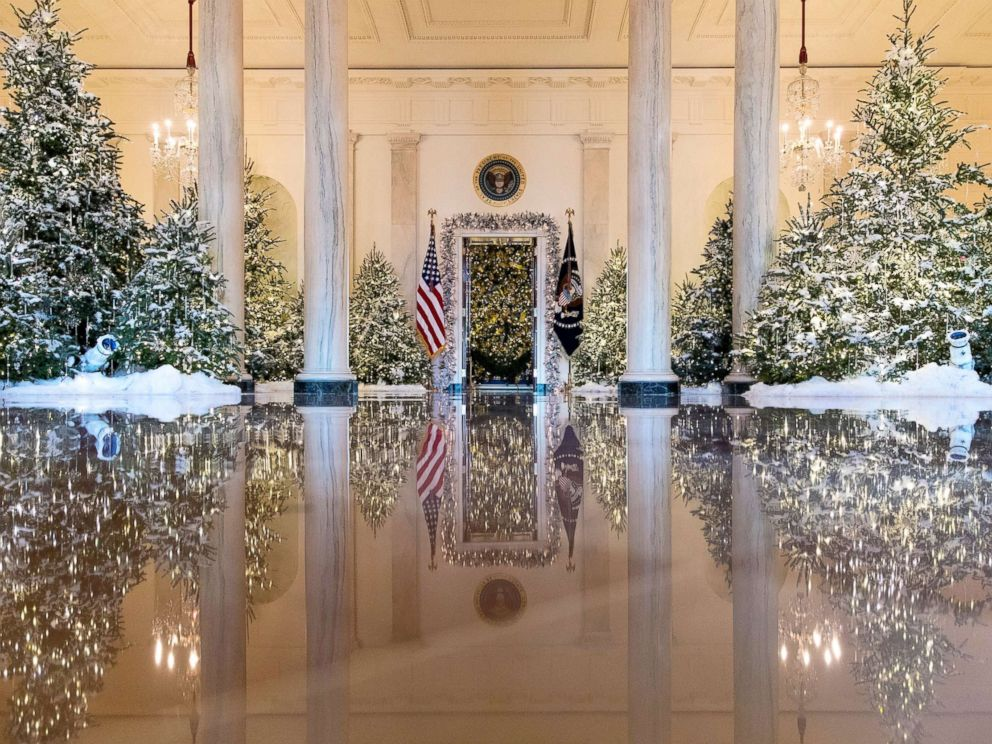 White house reveals 2017 christmas decorations abc news for The christmas decorations