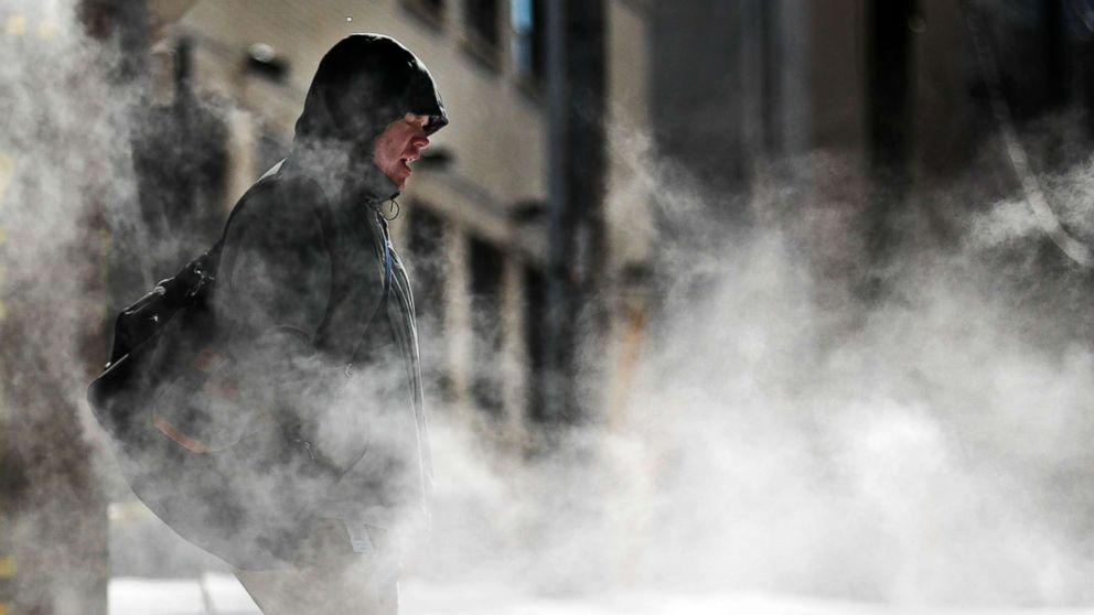 http://a.abcnews.com/images/US/winter-weather-georgia-ap-mem-180118_16x9_992.jpg