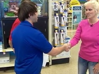 Watch: Store Manager Rewarded for Returning Diamond