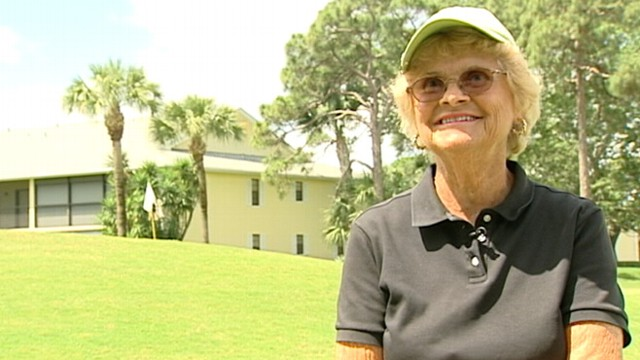 VIDEO: Florida resident Pat Cooke aced shot during a ladies tournament.