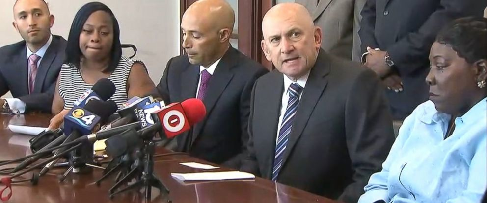 PHOTO: A press conference about the shooting of Lavall Hall, April 8, 2015 in Miami.