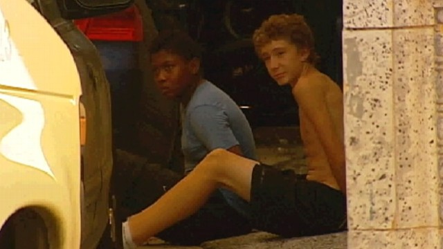 VIDEO: Police find two teens asleep in stolen car after they ran out of gas, money en route to California.