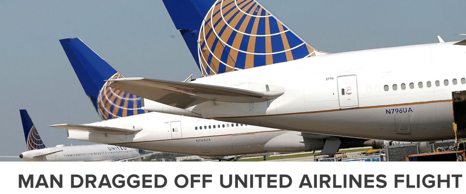 PHOTO: United Airlines jets sit at gates at OHare International Airport, Sept. 19, 2014, in Chicago.