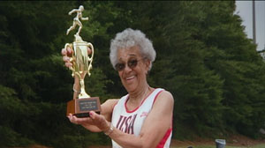 PHOTO 95-Year-Old Woman Shatters Running Record