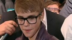 Justin Bieber Takes Plea Deal in Egg-Throwing Incident