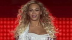 VIDEO: Did Beyonce alter a thigh gap into her latest pic?