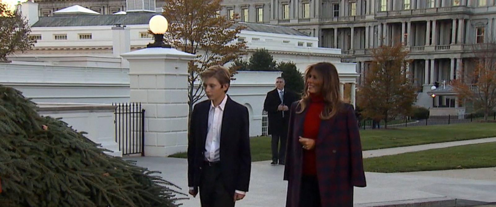 VIDEO: DC decks the halls!