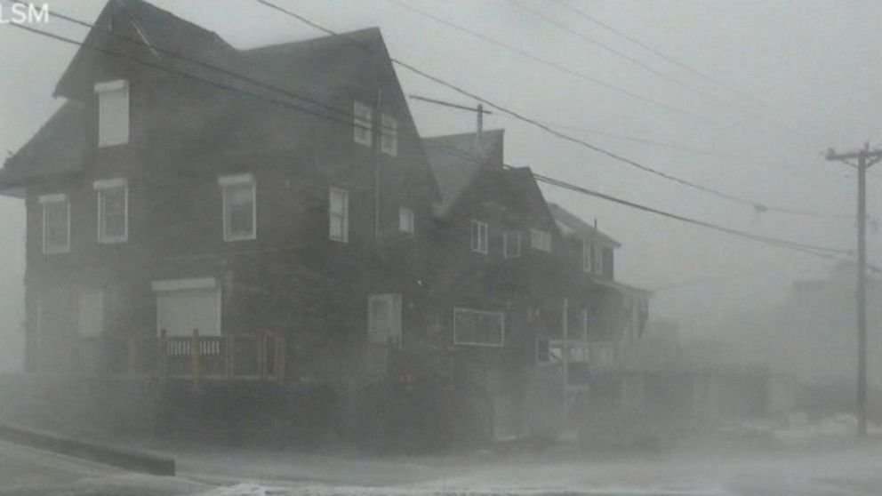 Friday Rewind: New England pummeled with monster snowstorm