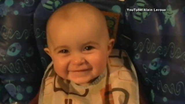 Babys Emotional Reaction as Mom Sings Classic Song