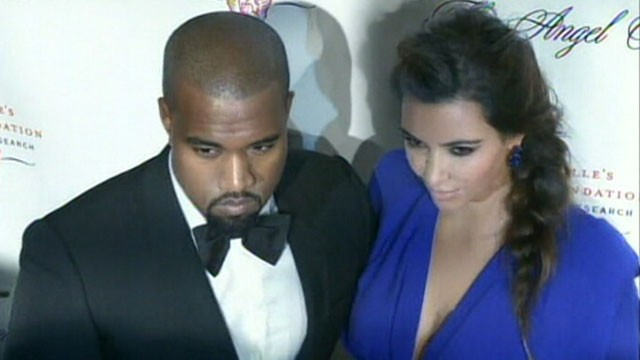 Video: Kardashians Keep Up on Web to Welcome Kims Baby Girl