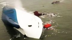 VIDEO: WN 4/16: Search for Survivors After Ferry Sinks in South Korea