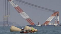 World News 4/20:  South Korean Ferry Disaster:  The Calls for Help