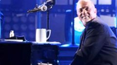 VIDEO: Piano Man Has Something New to Sing About