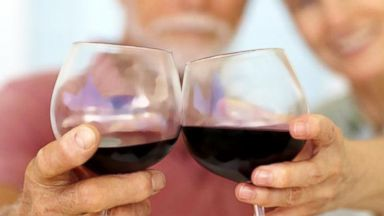 VIDEO: Instant Index: Light to Moderate Drinking After 60 May Help Memory