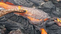 VIDEO: Hawaiian Island on High Lava Alert