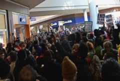 VIDEO: Ferguson Protests Move to Stores on Black Friday