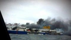 VIDEO: Frantic Rescue Effort Under Way for Passengers Stranded on Ferry