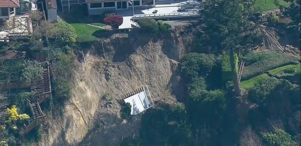 VIDEO: Landslide Evacuations as Homes Teeter on the Edge Near Seattle