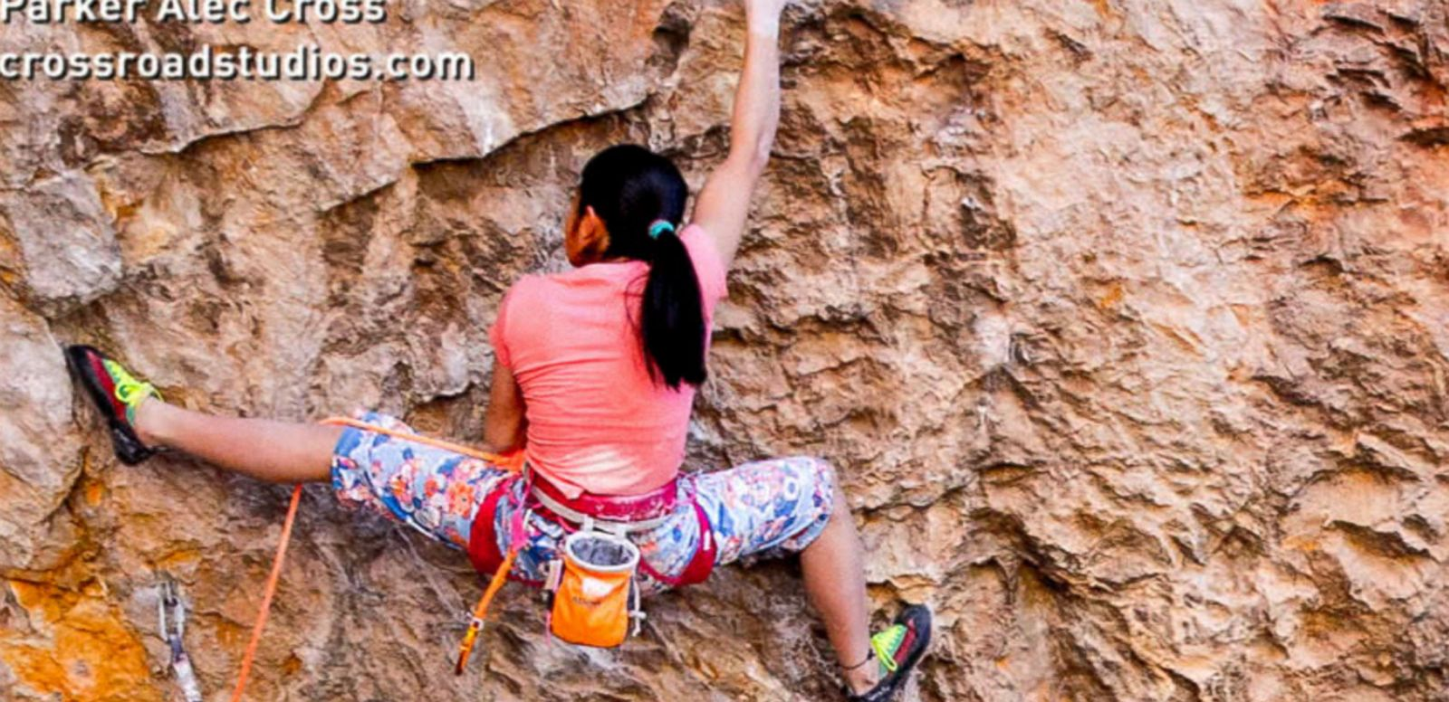 VIDEO: 14-Year-Old Spider Girl Fearlessly Climbs to the Top