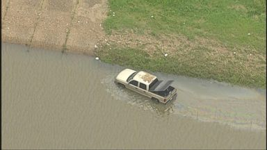 VIDEO: WN 05/26/15: Texas and Oklahoma Devastated by Deluge of Deadly Flooding