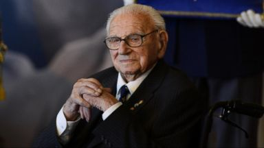 VIDEO: Britains Schindler, Who Saved Over 650 Jewish Children During Holocaust, Dies