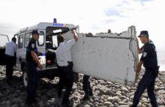 VIDEO: Plane Debris Found Matches 777 Jet, Same Type as Missing MH370 Flight.