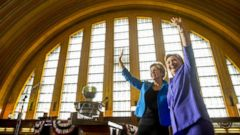 VIDEO: Hillary Clinton Campaigns With Elizabeth Warren in Ohio