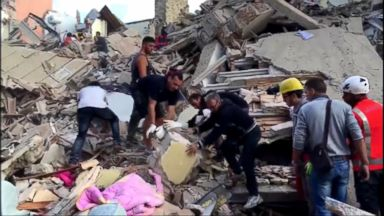 VIDEO: World News 08/24/16: Race to Find Survivors After Deadly Earthquake Hits Italy