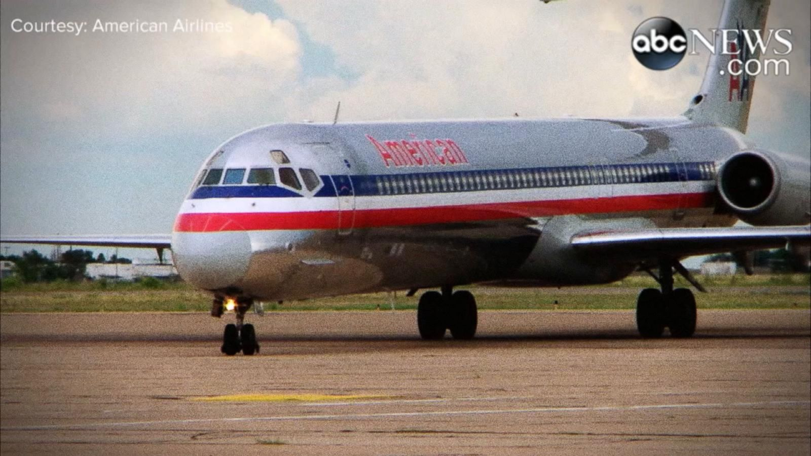 "VIDEO: Popular ""Super 80s"" Sent to Airplane Boneyard for Retirement"