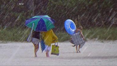 VIDEO: World News 08/30/16: Tropical Storm Reaches Florida Coast