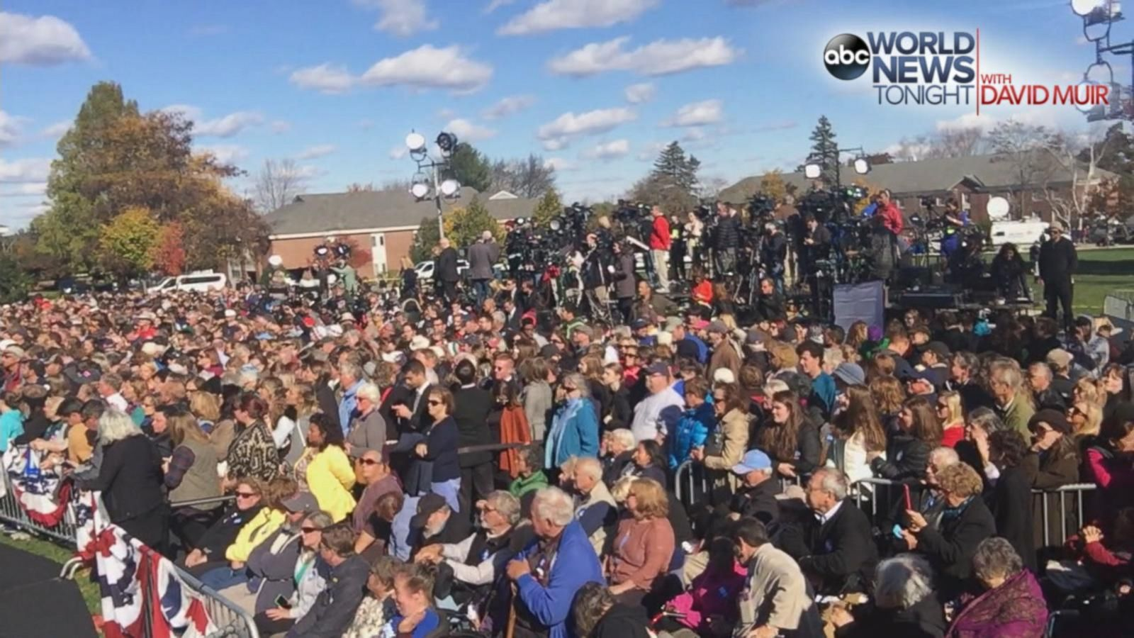 VIDEO: 2016 - 15 Days: Warren Joins Clinton in New Hampshire Battleground