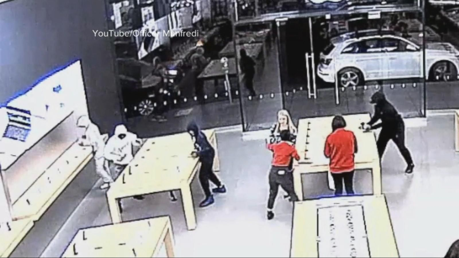 VIDEO: Index: Hooded Thieves Swoop Into Apple Store, Steal Devices From Display Stands