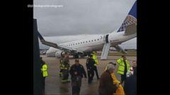 VIDEO: United Flight Crash Lands at San Antonio Airport