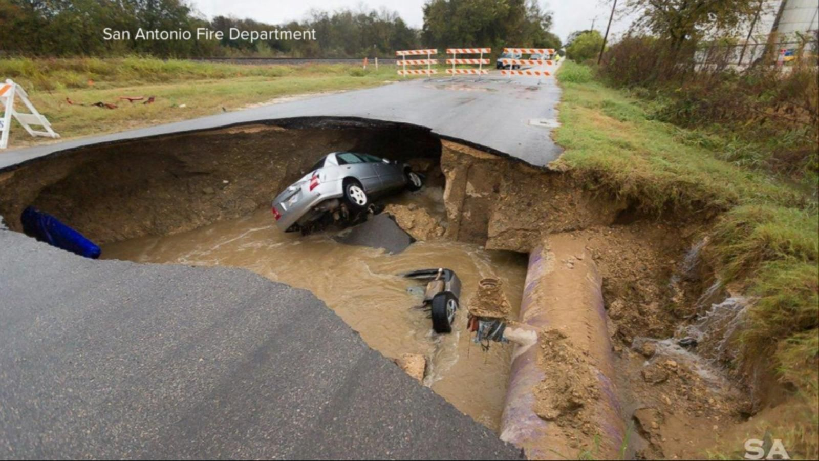 VIDEO: Index: Massive Sinkhole Swallows 2 Cars in San Antonio
