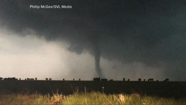 VIDEO: More than a dozen reported tornadoes touch down in Texas