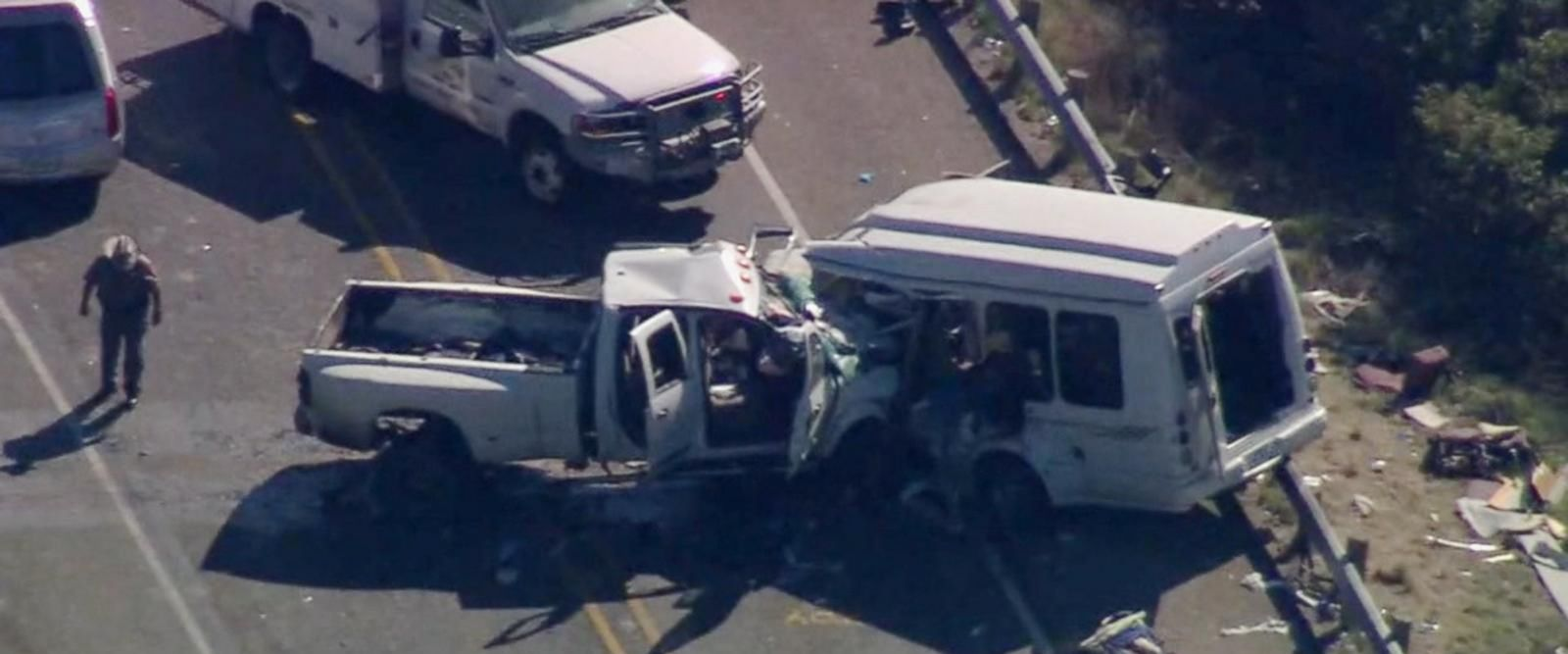 VIDEO: 13 members of church group killed in head-on collision in Texas