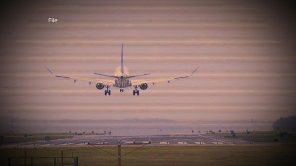 VIDEO: Pilot emergency on American Airlines flight during landing in Albuquerque