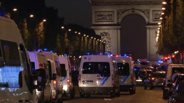 VIDEO: Terror attack on Champs Elysee in Paris